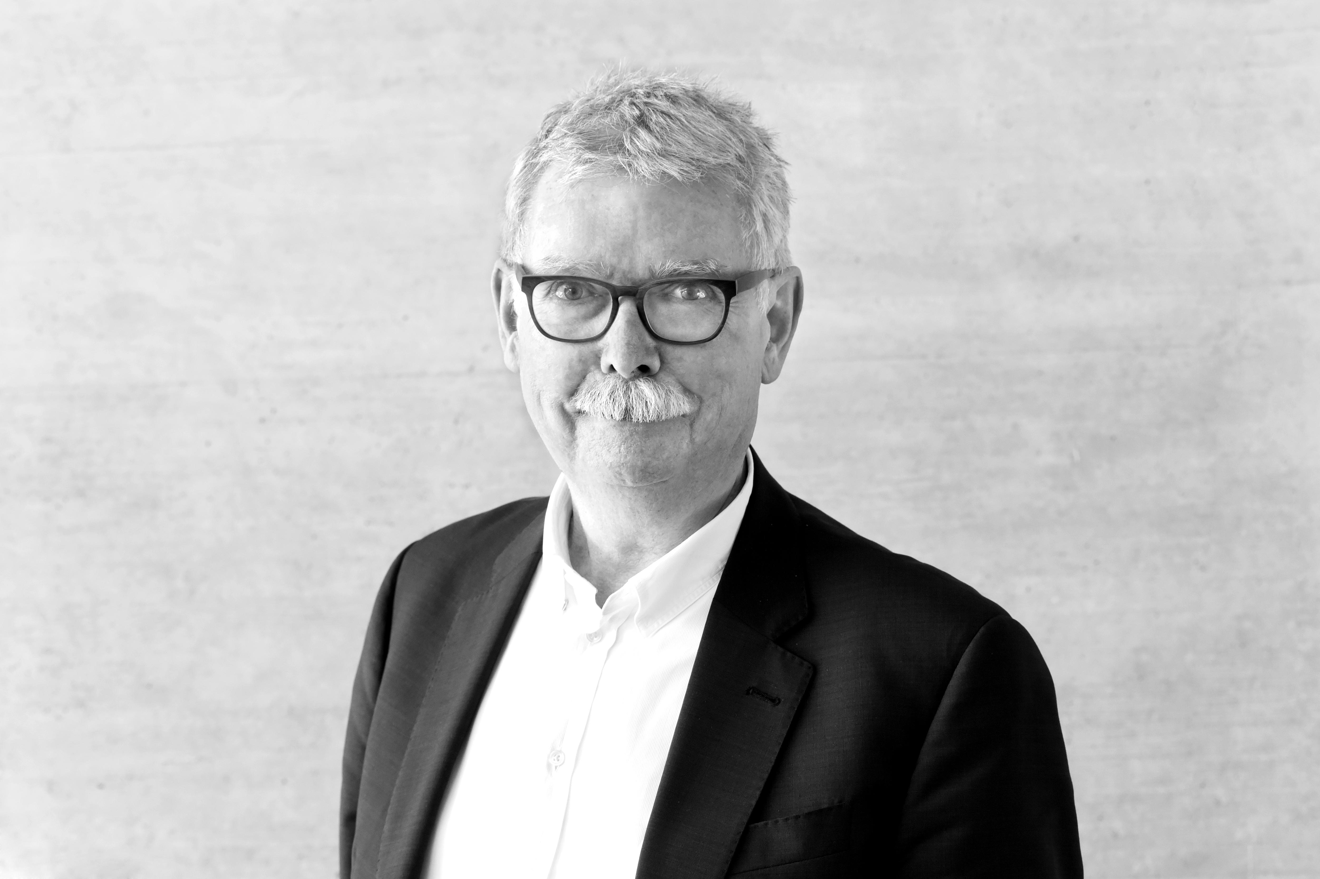 Prof. (em.) Dr. Franz Pesch
